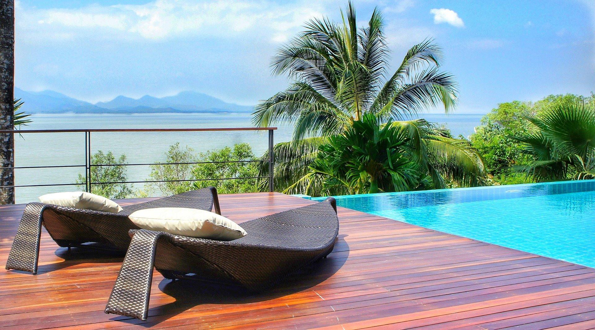 Une essence de luxe pour une terrasse à votre image